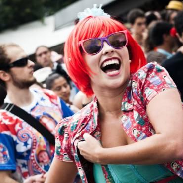 Tudo o que você precisa saber para se cuidar ao curtir o carnaval